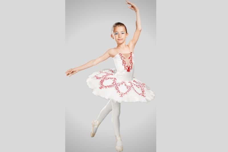 Jeté niña ballet bailarina